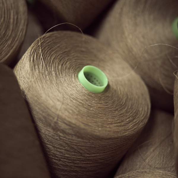 Spools of linen yarns